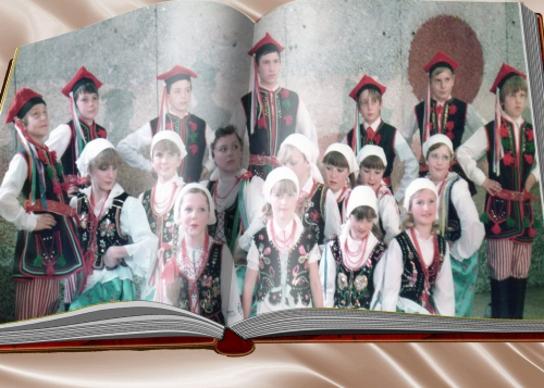 Montage 13 KRUJCATA Avant la création de POLONIA 1988.jpg