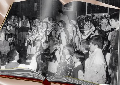 Montage 12 60 ans Paroisse Notre Dame de  Waziers 1987.jpg